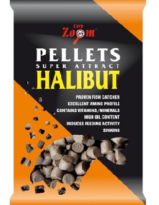 Feeding CarpZoom Halibut Pellets